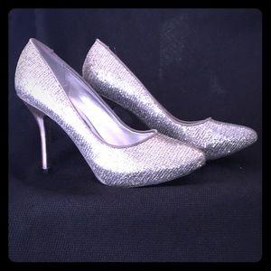 Nina Women's Silver Shimmer Heels